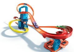 Hot Wheels Track builder motorizovaný set