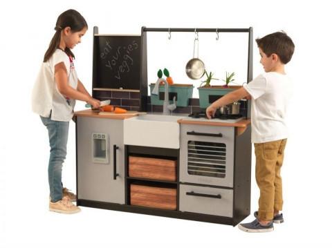 Kidkraft 53411 Dřevěná dětská kuchyňka Farm